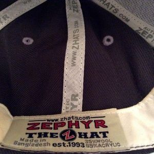 Zephyr Accessories - NEW Zephyr Snapback Cap OREGON DUCKS Green Yellow